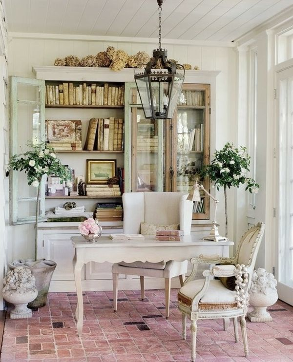 home-office-with-a-shabby-chic-decor