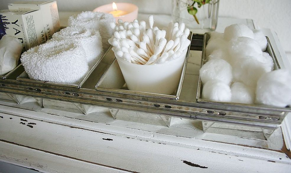 making-toiletries-part-of-your-bathroom-decor