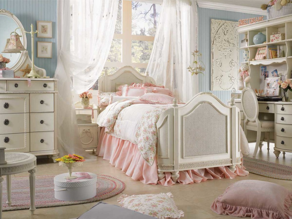 shabby-chic-bedroom-decor-with-white-curtain-and-drawers