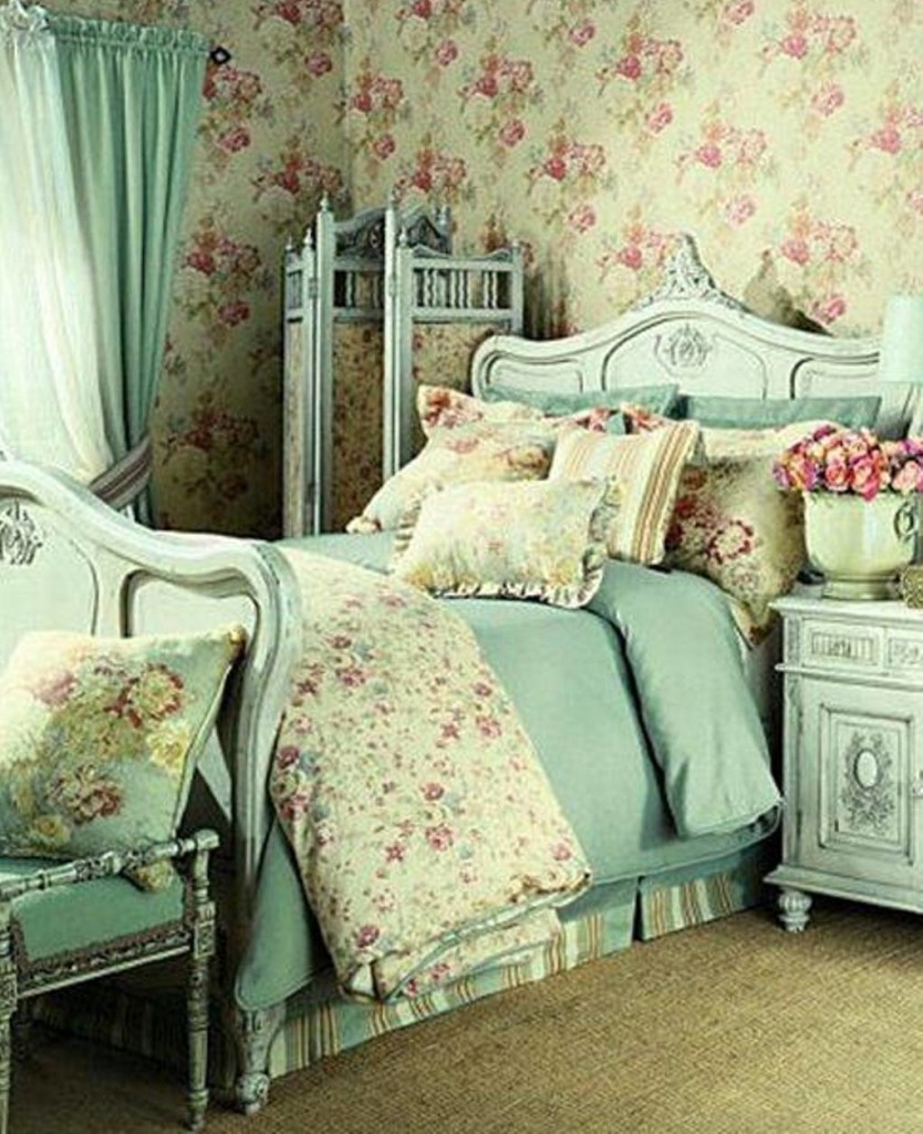 shabby-chic-bedrooms-with-floral-wallpaper-and-blue-curtain-and-divider