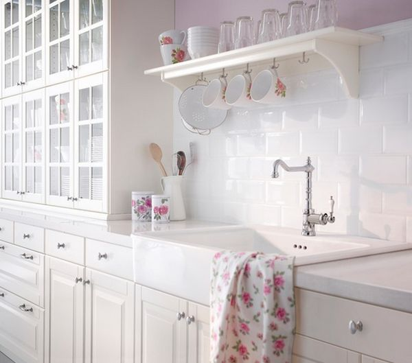 white-kitchen-from-ikea
