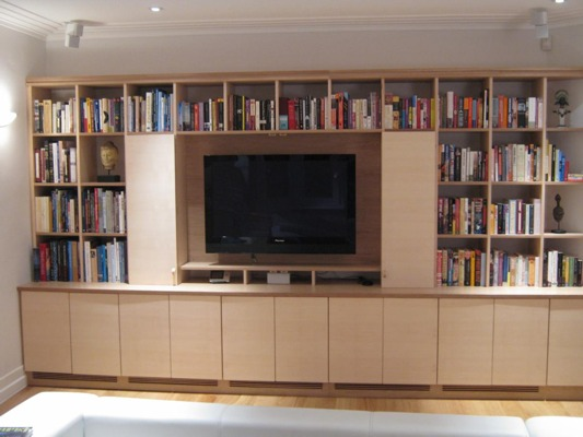 Plasma_TV_cabinet_with_bookshelves