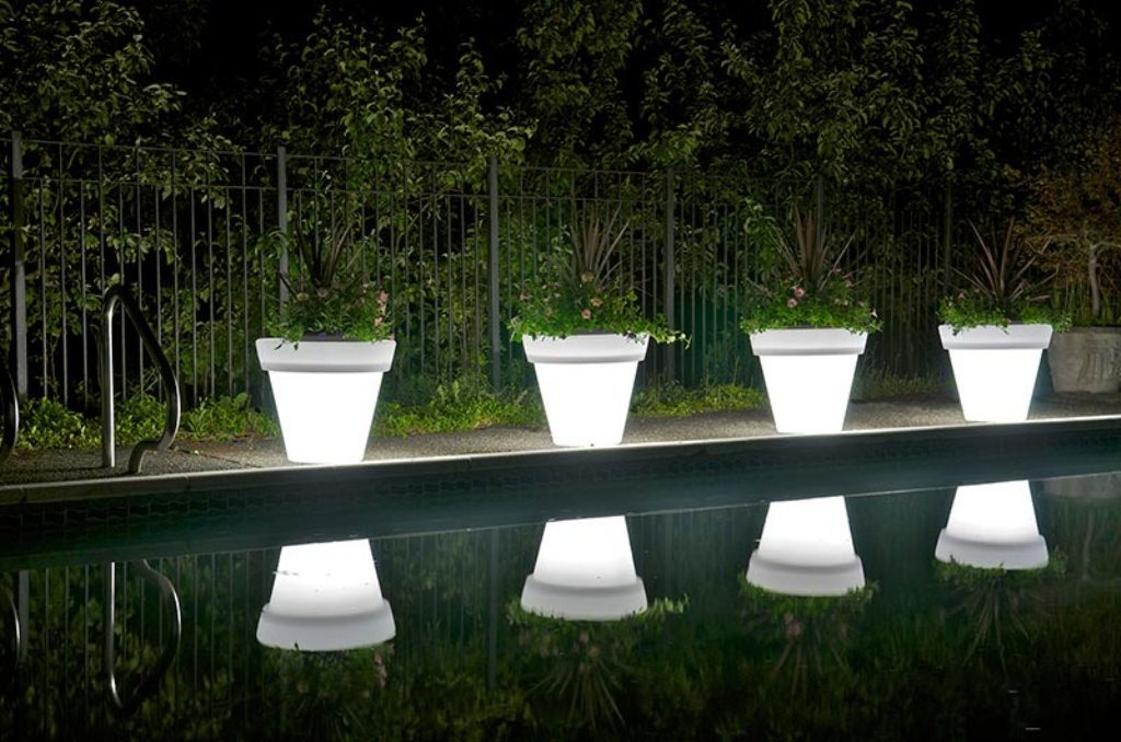 Outdoor-Garden-Lighting-Ideas-Solar